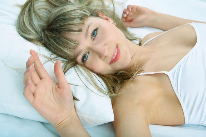Для первого секса сняли квартиру лишилась девственности