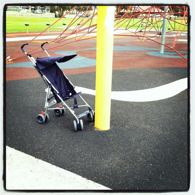 Самые покупаемые детские коляски в России