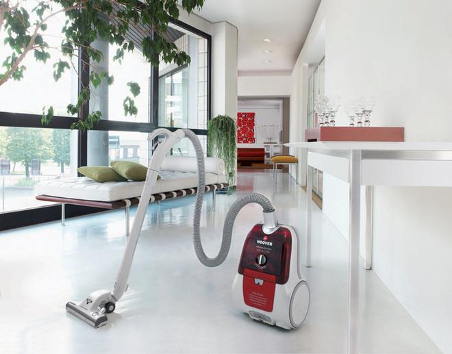 Модель Freemotion TFC 6212 (Hoover), 8990 руб. Современная техника превращает уборку пыли в приятное и необременительное занятие.