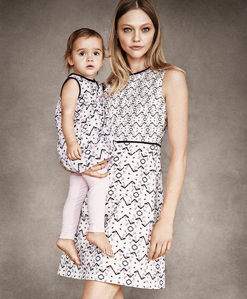 Саша Пивоварова с дочерью Мией