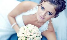 Свадебный макияж для голубых глаз: не делайте из невесты куклу!