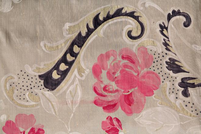 Ткань MadDalena Berry, Designers Guild.