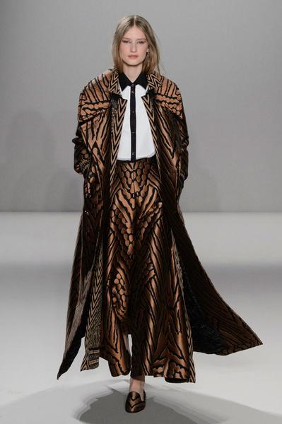 Неделя моды в Лондоне: 22 февраля   галерея [2] фото [19]