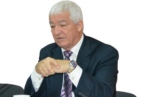 Омск, Аллан Пиз, невербальное общение, язык жестов