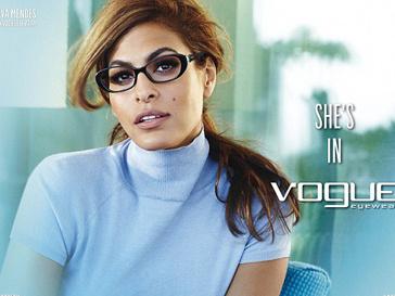 Ева Мендес (Eva Mendes) в рекламной кампании Vogue Eyewear весна-лето 2013