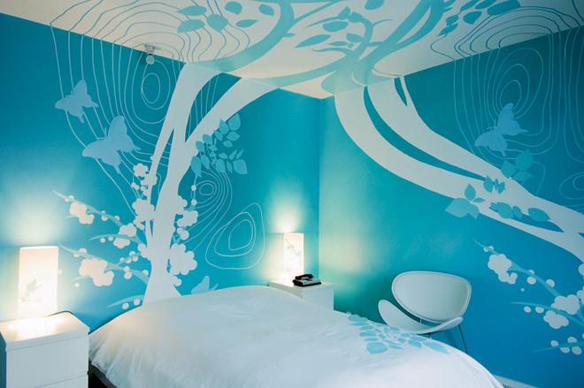 Идея 7: росписи, переходящие со стены на потолок