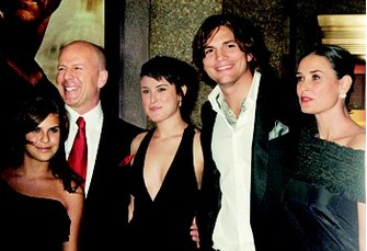 Деми Мур (Demi Moore), Брюс Уиллис (Bruce Willis), Эштон Катчер (Ashton Katcher)