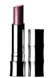 Помада Colour Surge Butter Shine Lipstick от Clinique. Универсальная помада-блеск. При нанесении становится мягкой и легкой и не ощущается на губах.