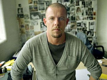 Александр Маккуин (Alexander McQueen) внес в завещание своих трех собак