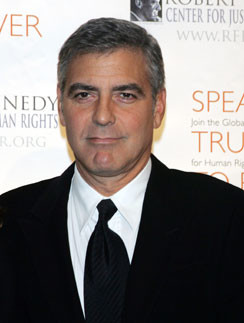 Джордж Клуни утверждает, что не имеет отношения к вечеринкам Сильвио Берлускони.
