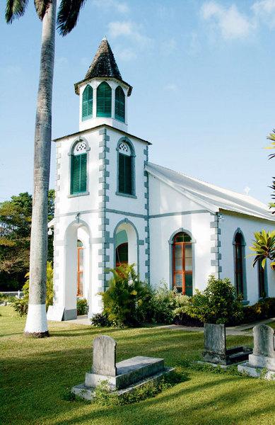 Обычно церковь — это просто дом. Но есть и исключения.