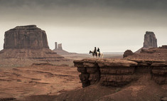 Джонни Депп в фильме «Одинокий рейнджер». Первое видео