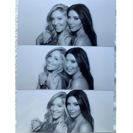 Ким Кардашьян фотографии с девичника