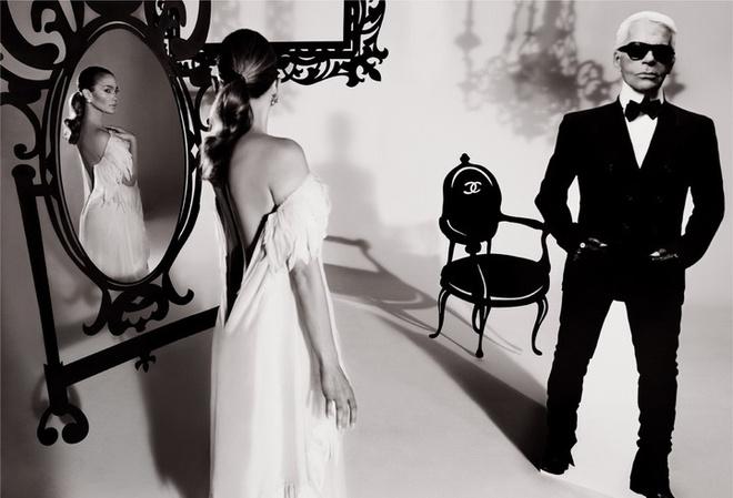 Chanel «Для стопроцентной женщины, какой, безусловно, является Дженнифер, я выбрал самое женственное платье». Карл Лагерфельд