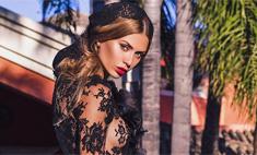 Виктория Боня примерила «голое» платье