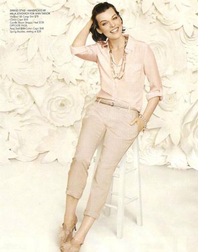 Мила Йовович в рекламной кампании Ann Taylor