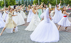 Юбилейный парад невест в Новокузнецке! Ищи себя на фото!