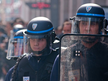 Во Франции было задержано лишь 22 погромщика