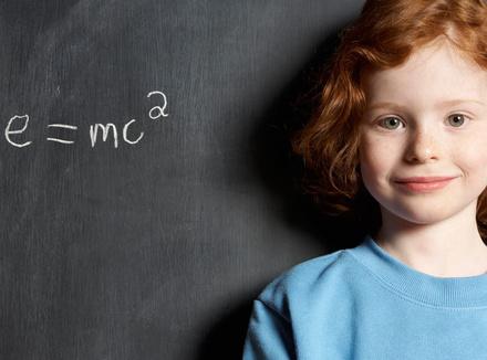 Девочка и физическая формула