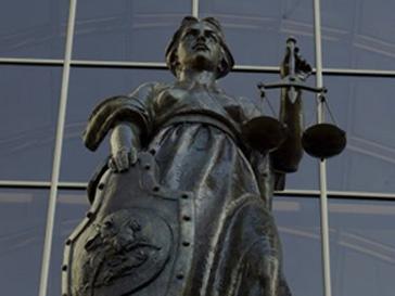 Ленинский районный суд приступил к рассмотрению дела о пожаре в ночном клубе