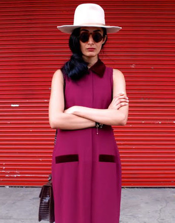 Шляпа - еще один интересный акцент, который придаст образу завершенность