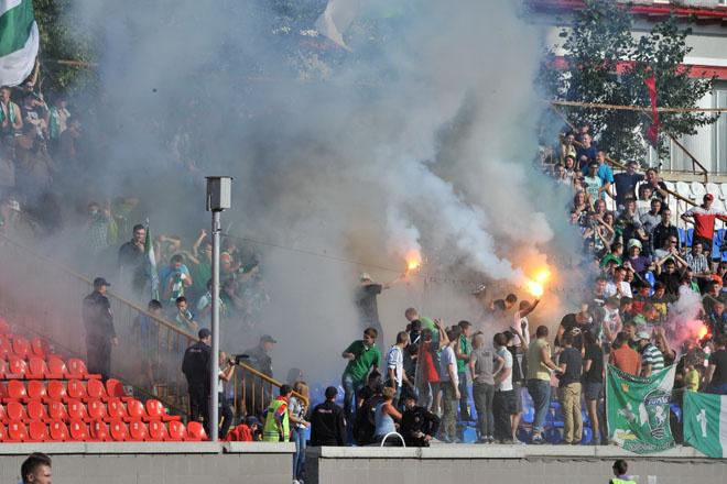 Погром на стадионе «Спартак» в Новосибирске