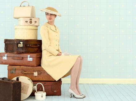 Женщина на чемоданах
