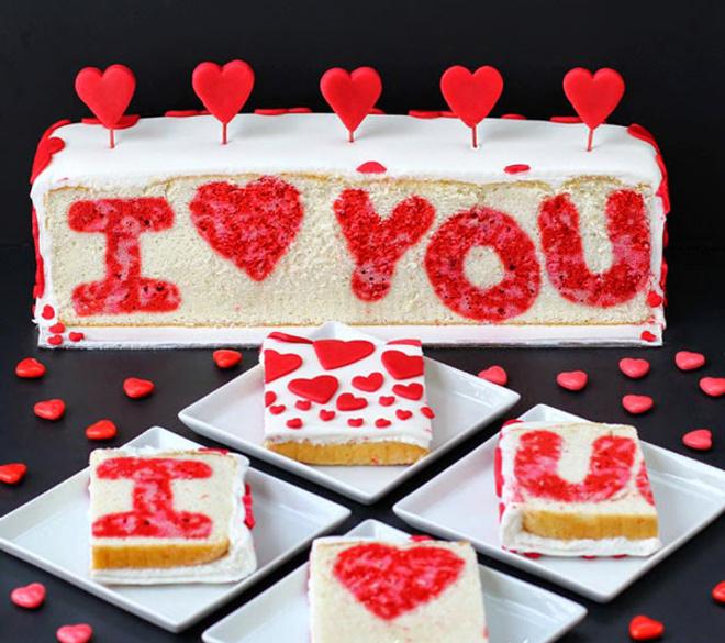 торт с признанием в любви