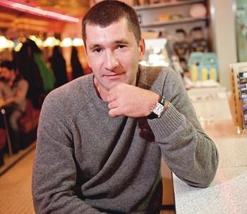 Привязанность Юрий, 36 лет, разведен