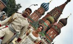 10 самых ярких селфи звезд с Дня города в Москве – 2015