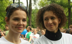 Елизавета Боярская и Ксения Раппопорт пробежали марафон
