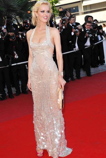 Ева Херцигова в Atelier Versace