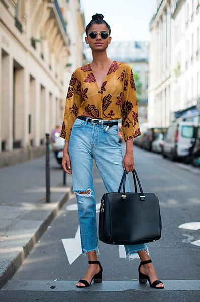 Модные джинсы с высокой талией