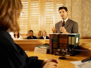 33 служащих BBC подали в суд на свою компанию