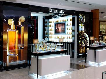 Любой желающий сможет подобрать подходящий парфюм с помощью парфюмерного органа Guerlain