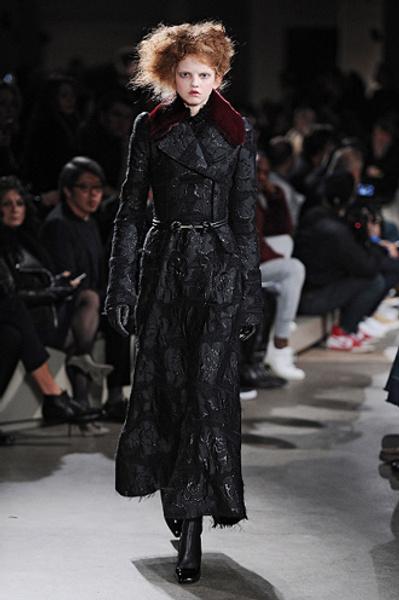 Неделя моды в Париже: показы Alexander McQueen и Paul & Joe ready-to-wear осень — зима 2015-2016   галерея [1] фото [5]