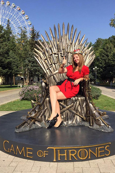 В Краснодаре установили копию трона из «Игры престолов»