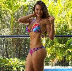 Как подкачать попу: 11 упражнений от идеальных женщин