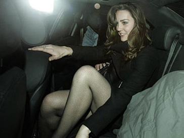 Кейт Миддлтон в своем автомобиле