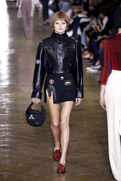 Показ Ulyana Sergeenko на Неделе Haute Couture в Париже | галерея [1] фото [5]