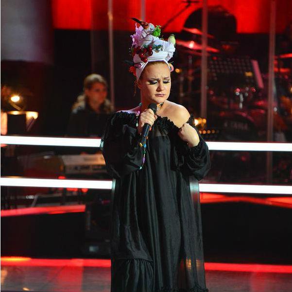 Голос третий сезон на первом канале платья участниц фото