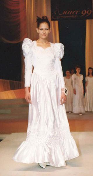Елена Смышляева, «Мисс Екатеринбург-1999»