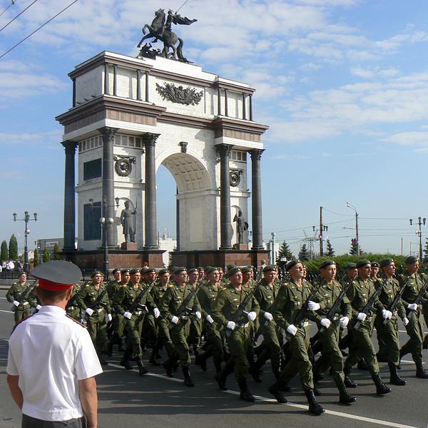 Военный парад в Курске