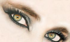 Популярный мейкап: макияж в стиле «кошачьи глаза»