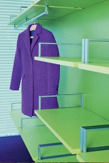Гардеробная Walk in от итальянской фабрики Lema одним своим видом повышает тонус! Не нравится цвет лайма – в вашем распоряжении еще 42 оттенка. Lema, www.lemamobili.it, салон МБТМ.