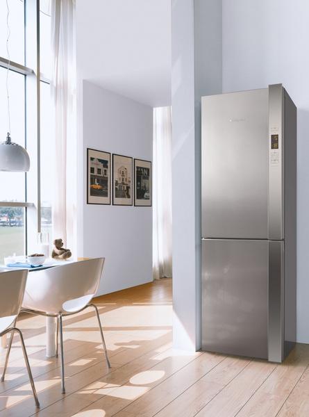 Новый холодильник Hotpoint DAY1   галерея [1] фото [2]