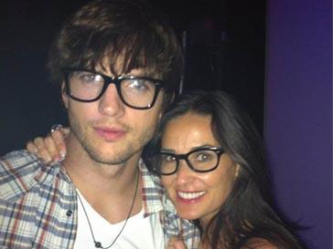 Эштон Катчер (Ashton Kutcher) и Деми Мур (Demi Moore)