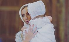 Дочку Навки и Пескова крестили в старейшем храме Москвы