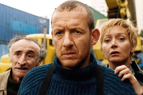 Причудливые события фильма разворачиваются на улицах Парижа.