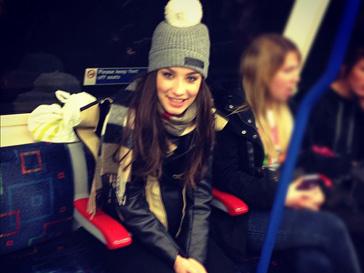 Виктория Дайнеко побывала в лондонской подземке